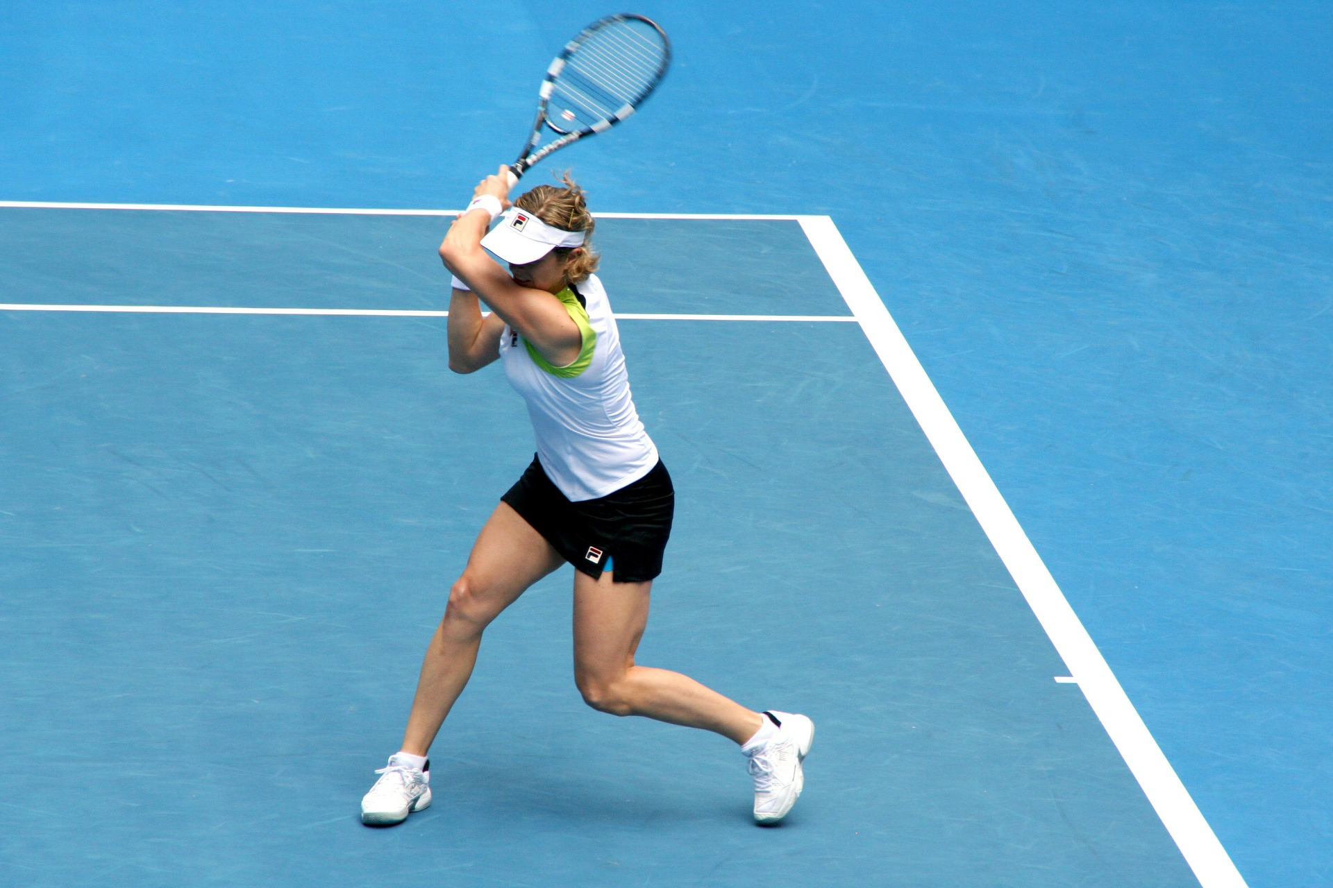 double handed backhand
