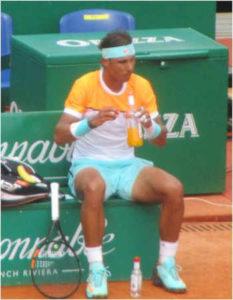 tennis change court