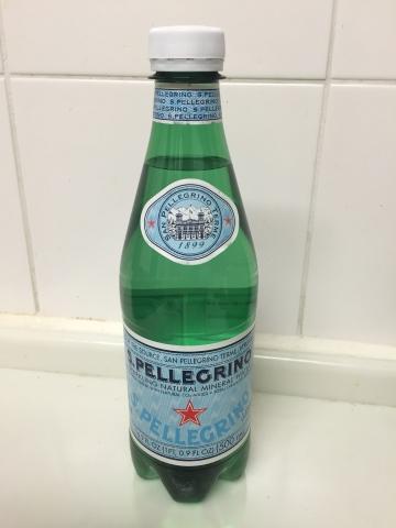炭酸水 サンペレグリノ