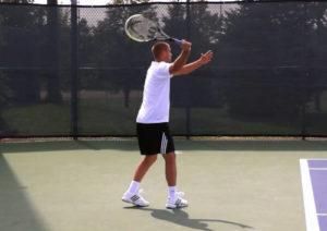 テニス 打ち方は様々