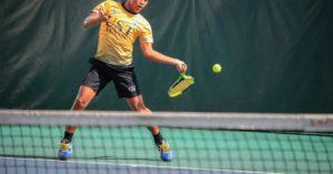 テニス ラケットの初期加速