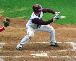 Baseball bunt
